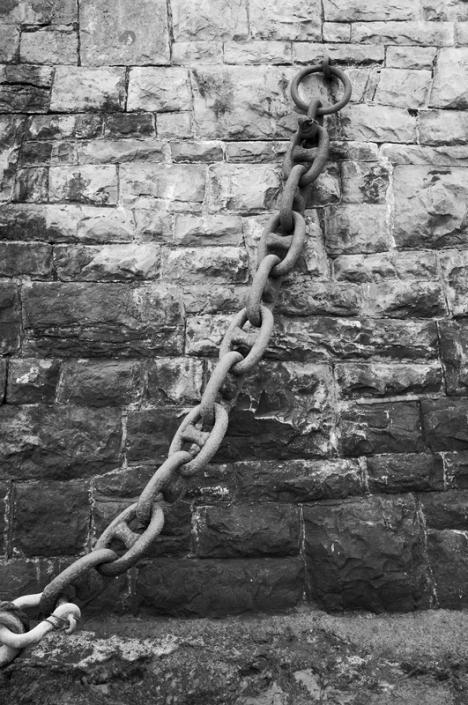 Image 23 Chain near Knightstone